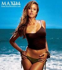 Jessica_alba_beach_1